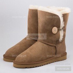 UGG Bailey Button - Chestnut