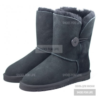 UGG Bailey Button - Black