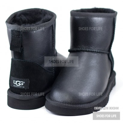 UGG Classic Mini - Metallic Black